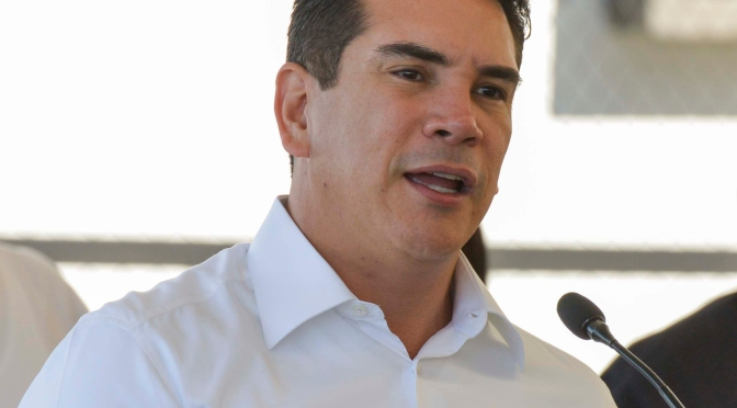 Anuncia gobernador Alejandro Moreno apoyos para sector pesquero y agropecuario de Campeche