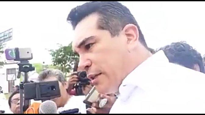 """""""Consulta a la base o el PRI revienta"""": Alejandro Moreno Cárdenas"""