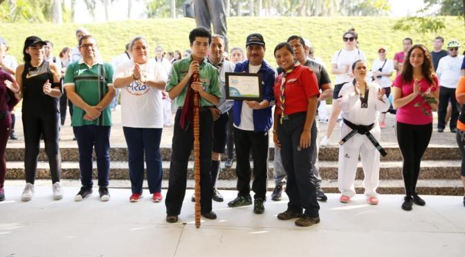 """Distinguen a medallistas de taekwondo y Scouts en """"De Río a Río"""""""