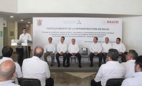 06ABRIL2019-ENTREGA EQUIPAMIENTO HOSPITAL GRAL Y CENTROS DE SALUD3