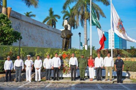 29ABRIL2019-OFRENDA FLORAL 156 ANIVERSARIO CAMPECHE ESTADO LIBRE Y SOBERANO5.jpg