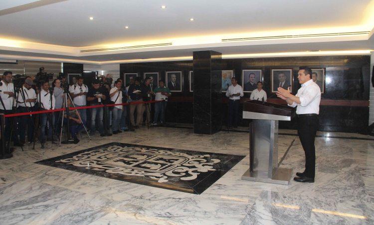conferencia de prensa lic Alejandro Moreno C (3)