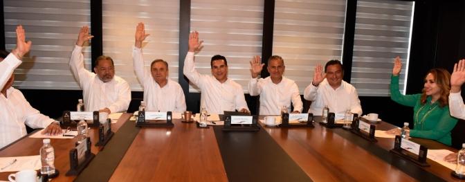 Designan por unanimidad al doctor Rafael Ruiz premio Campeche 2019