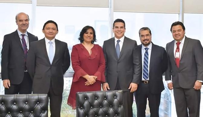 Se reúne gobernador de Campeche con titular de la Función Pública