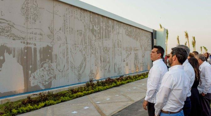 Inaugura el gobernador Alejandro Moreno novedoso mural de los orígenes de Campeche
