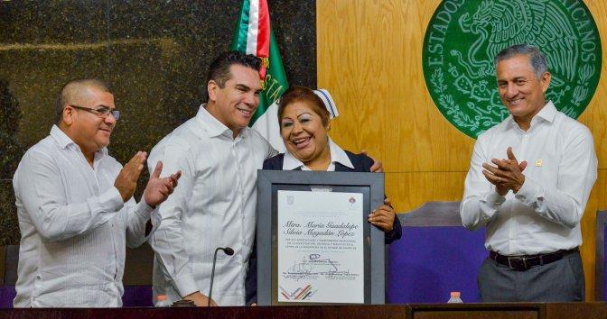 Pide el gobernador Alejandro Moreno a la clase política campechana impulsar nueva mística de servicio a la sociedad