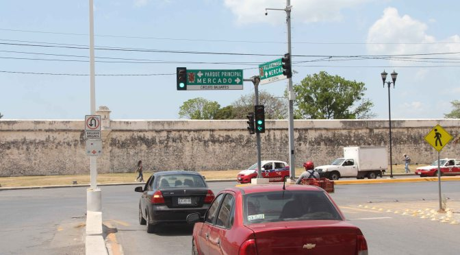 Gestiona gobierno de Campeche ante CFE reconexión de semáforos