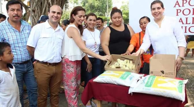 Acusan a alcaldesa de Teapa de usar recursos públicos para favorecer a sus candidatos a delegados municipales