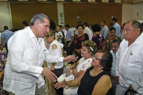 FOTO AALH DÍA DEL MAESTRO (7).jpg