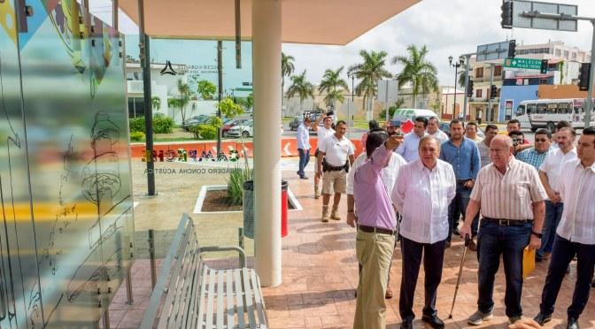 El gobernador Aysa González pone en servicio moderno paradero La Concha Acústica