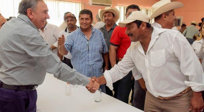 Garantiza el gobernador Aysa González apoyos para fortalecer al sector ganadero de Campeche