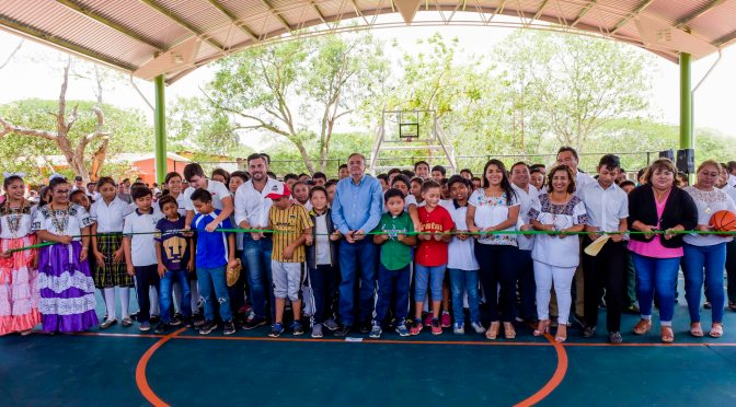 Inaugura el gobernador Aysa González obras por 5.3 MDP en el municipio de Holpechén