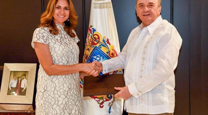 Designa Gobernador Ayza González a nueva titular del INEFAAC