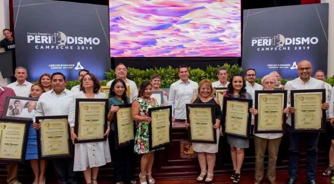 El periodismo es indispensable para la estabilidad y el equilibrio colectivo: Alejandro Moreno, gobernador de Campeche
