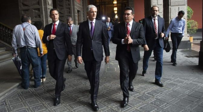 Privilegiando la unidad, Gobernadores priistas cierran filas con su partido tras renuncia de Narro