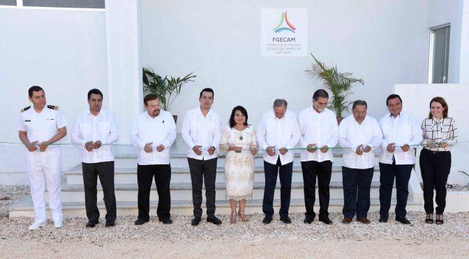 El gobernador Carlos Miguel Aysa González pone en servicio nuevo edificio del Instituto de Servicios Periciales