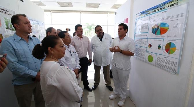 Impulsa Salud investigación científica en los estudiantes de medicina