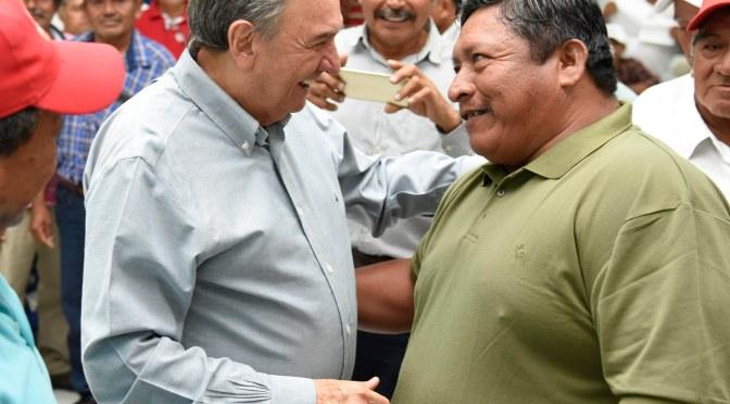 """""""Nos entendemos mejor estando cerca de la gente:: Gobernador Carlos Miguel Ayza González"""