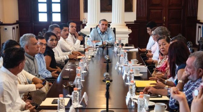 Pide gobernador a los 17 alcaldes aplicar reformas al Código Penal para castigar a extorsionadores