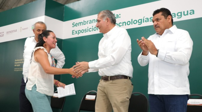 Programas federales reactivan economía en comunidades, reconoce el gobernador Adán Augusto