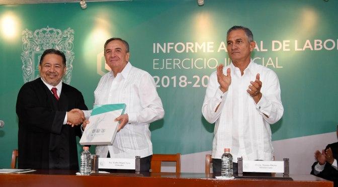 Asiste Gobernador de Campeche al informe del Poder Judicial